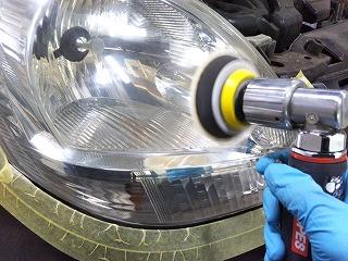 ヘッドライト磨き2